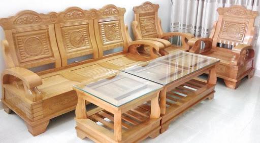 Mách nhỏ: 5 lưu ý khi mua bàn ghế gỗ trong phòng khách